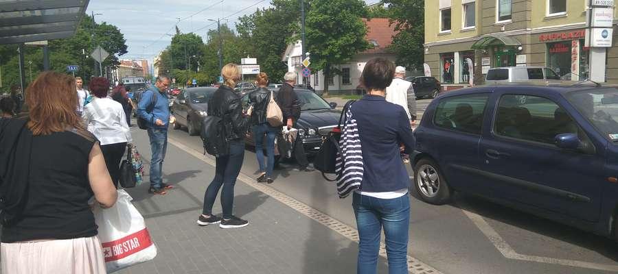przystanek wiedeński na ul. Kościuszki przy filharmonii w Olsztynie