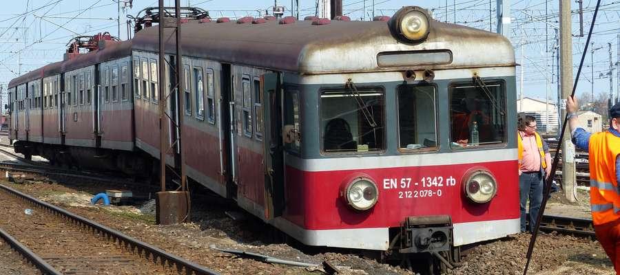 Zdjęcie jest tylko ilustracją do artykułu (tu rzeczywiste wykolejenie pociągu w marcu 2014, akurat w Iławie)