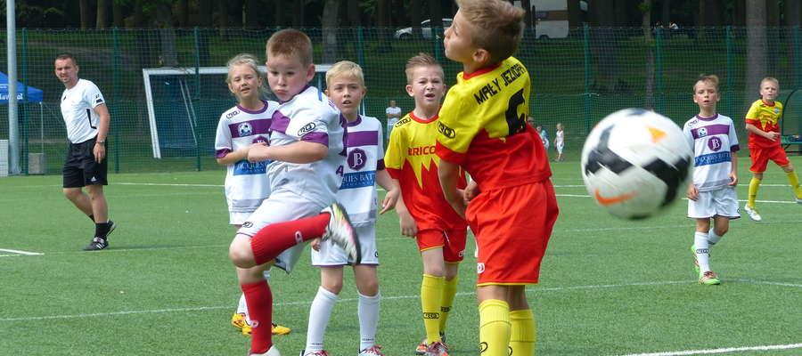 Mecz dwóch drużyn Małego Jezioraka podczas Memoriału Gaca i Łobockiego w 2016 roku
