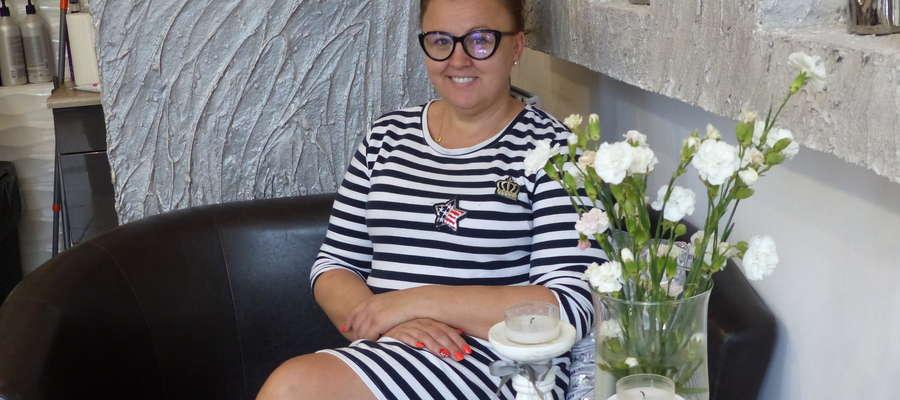 Pani Renata Pupek prowadzi swój salon przy ul. Dworcowej w Piszu