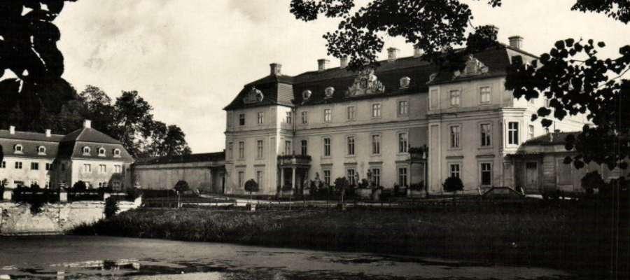 Pałac Dohnów w Słobitach k. Pasłęka przed 1945r