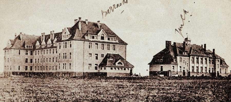 Wycieczka zakończy się na terenie dzisiejszego szpitala. Dawniej znajdował się tam kompleks Yorck-Kaserne, czyli Koszary Yorcka