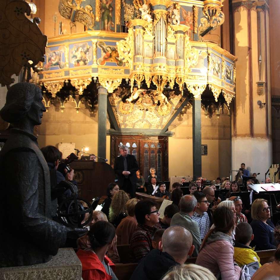 Rusza 51. Międzynarodowy Festiwal Muzyki Organowej we Fromborku - full image