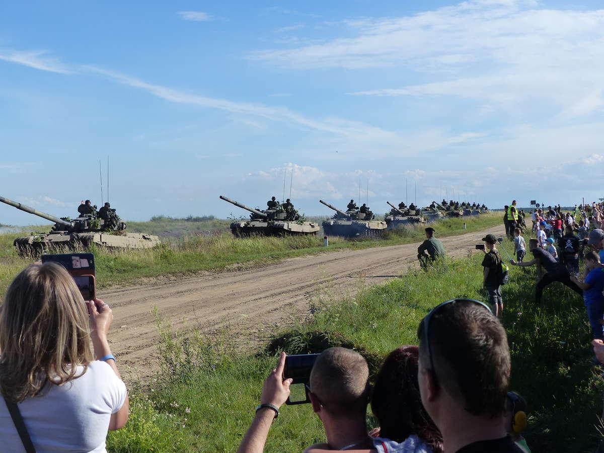 Pancerne uderzenie wielkiego kalibru. Walka czołgów w Orzyszu [ZDJĘCIA] - full image