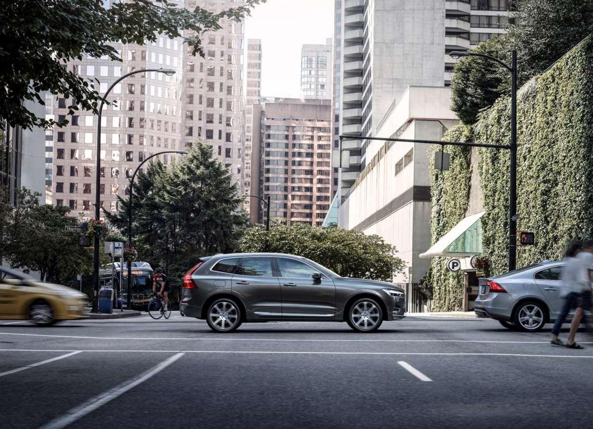 Volvo XC 60 - full image