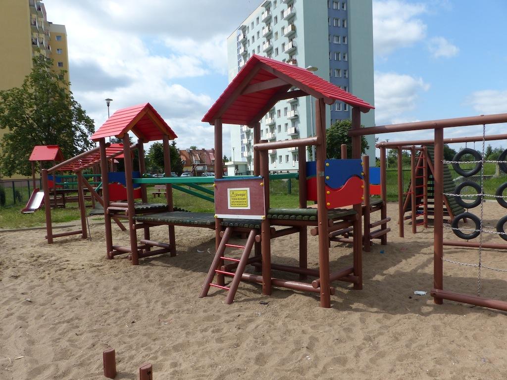 Na ul. Malborskiej powstaje plac sportowo-rekreacyjny
