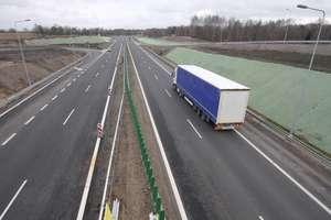 """Nowy odcinek ekspresowej """"szesnastki"""" wybudują za prawie 620 milionów złotych"""