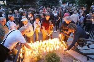 Mieszkańcy Olsztyna protestują przeciwko zmianom w sądownictwie [FILM i ZDJĘCIA]