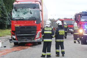 Kierowca ciężarówki staranował sygnalizację i kamerę ITS w Olsztynie [NAGRANIE ITS]