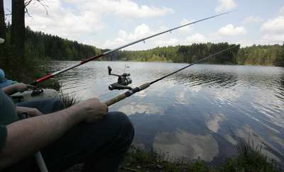 Łowili ryby prądem. Trafili do aresztu