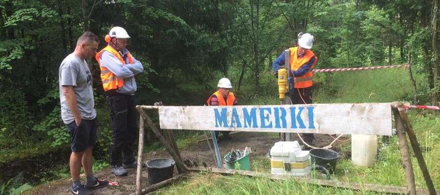 Dzisiejsze odwierty dały ostateczną odpowiedź: Bursztynowej Komnaty w Mamerkach nie ma