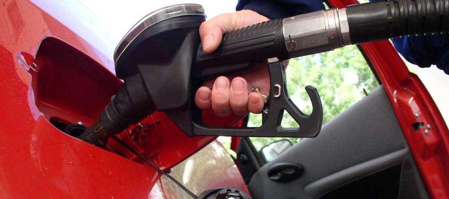 Ceny paliw idą w dół. Na Warmii i Mazurach znowu najdrożej