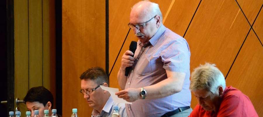 - Aktualnie prowadzimy kilkadziesiąt spraw związanych z windykacją należności – mówił podczas zebrania Janusz Uniewicz