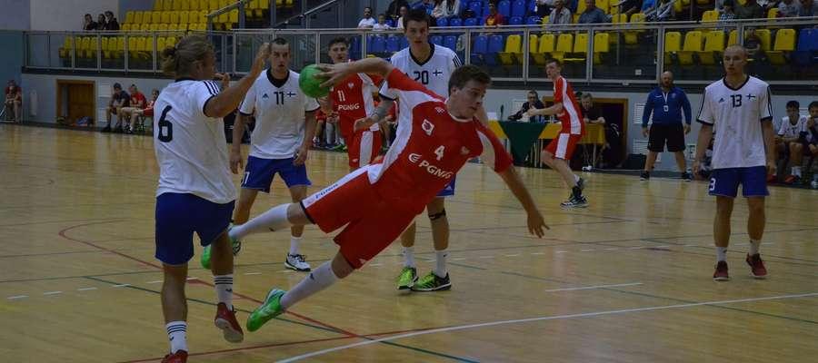 Juniorzy z Polski dwa razy w Ostródzie pokonali rówieśników z Finlandii