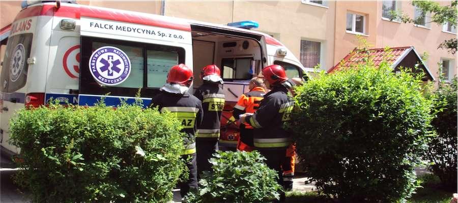 Akcja ratownicza na ul. Olsztyńskiej 5 w Giżycku