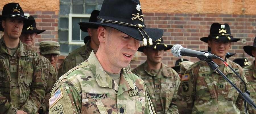 Ppłk Christopher L'Heureux zastąpił na stanowisku ppłk. Stevena Gventera