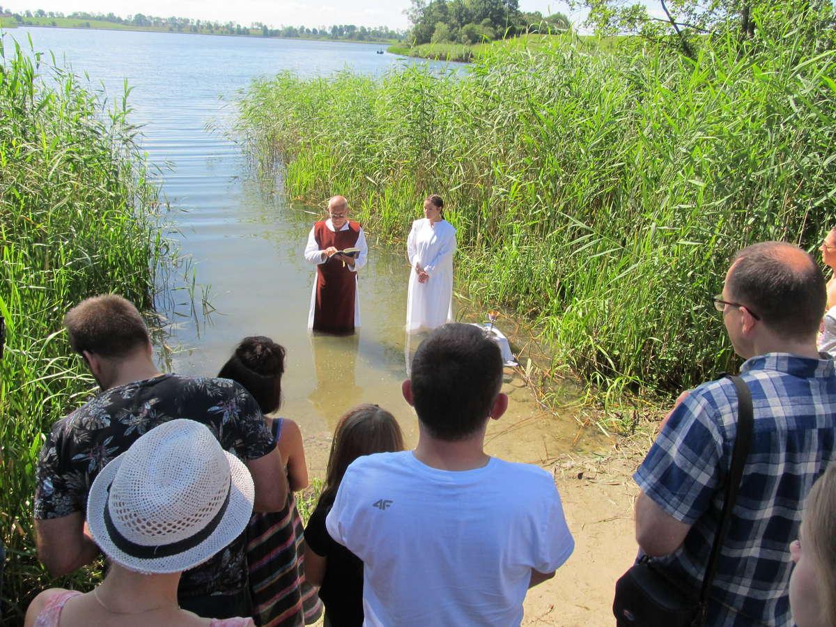 Chrzest Agnieszki w Kościele Chrystusowym
