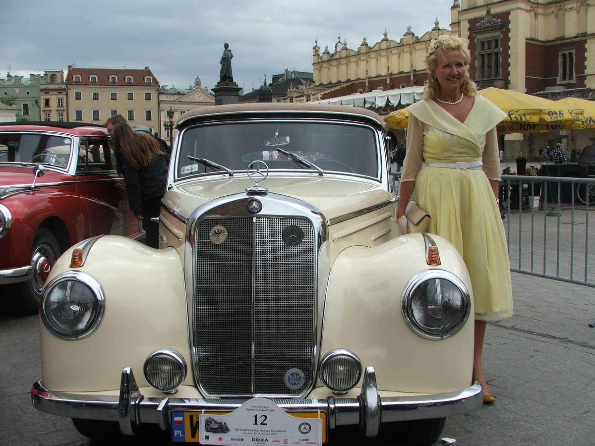 Kolekcjonują mercedesy jak torebki - full image