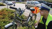 Samochód potrącił rowerzystkę na ul. Artyleryjskiej w Olsztynie. Duże utrudnienia w ruchu