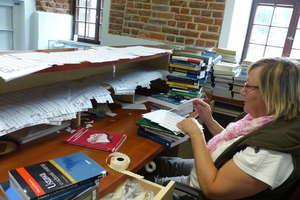 Rewolucja w bibliotece. 100 tysięcy książek trafi z magazynu na półki
