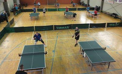 Turniej tenisa stołowego w Górowie Iławeckim dla zawodników z trzech powiatów