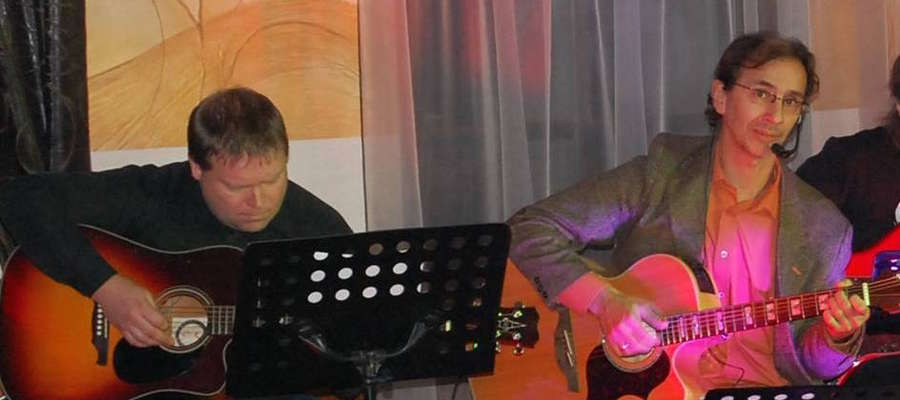 """W Konkursie na piosenkę tematyczną o Gminie Giżycko pierwsze miejsce zdobyła piosenka """"Zawsze tu dobry czas"""", której autorami są węgorzewianie: Jakub Kokocha (muzyka, wykonanie) i Andrzej Zubkowicz (słowa)"""
