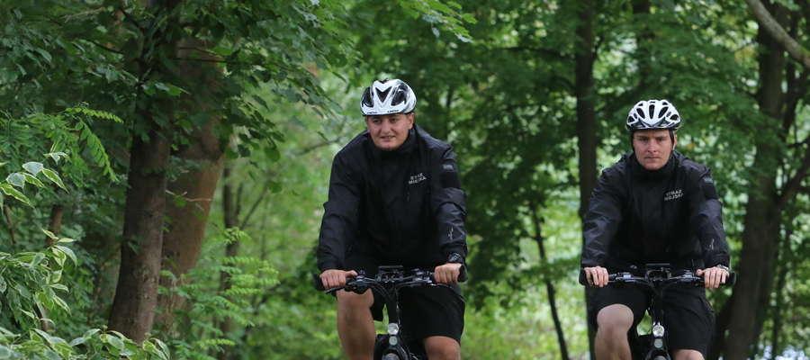 Patrole rowerowe strażników miejskich nie są jużw Olsztynie rzadkością.