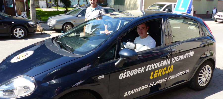 """Ośrodek Szkolenia Kierowców """"Lekcja"""" przy ul. Armii Krajowej w Braniewie zdobył 60 procent wszystkich głosów naszych Czytelników"""