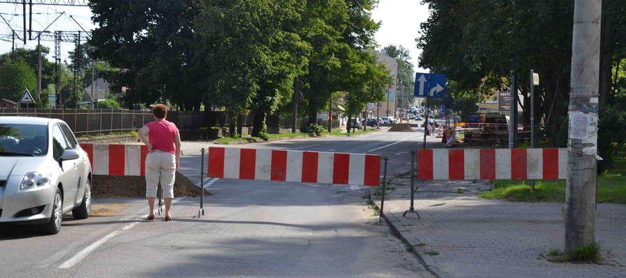 Na razie niemożliwy jest dojazd ulicą 11 Listopada do skrzyżowania z Ulicą Pieniężnego oraz do dwóch przejazdów kolejowych