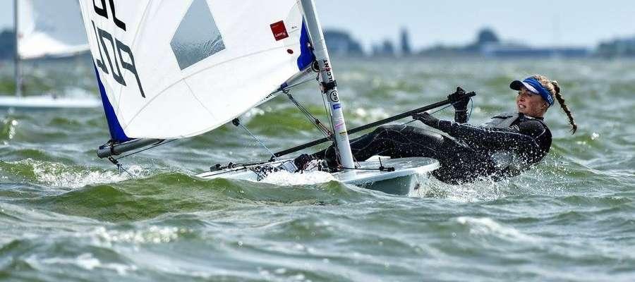 Agata Barwińska podczas mistrzostw świata w Medemblik. Iławianka potwierdziła tym startem, że chce na dobre zagościć w światowej czołówce żeglarek pływających w klasie laser radial