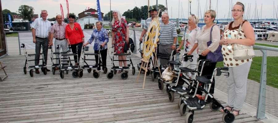 Chodziki przekazane przez Klub Rotary w Giżycku