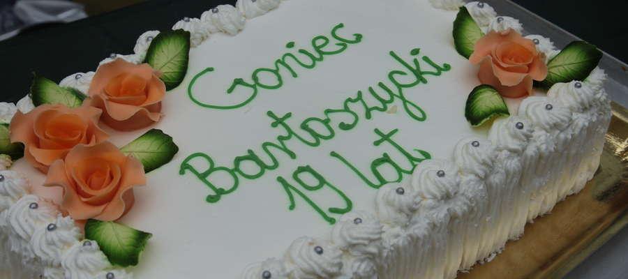 Taki tor mieliśmy podczas ubiegłorocznych urodzin. W tym roku o specjalny wypiek znowu postara się piekarnia w Krawczykach