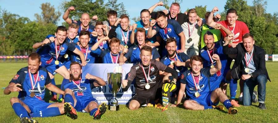 Piłkarze Sokoła wygrali Wojewódzki Puchar Polski i przygodę kontynuują w rozgrywkach centralnych