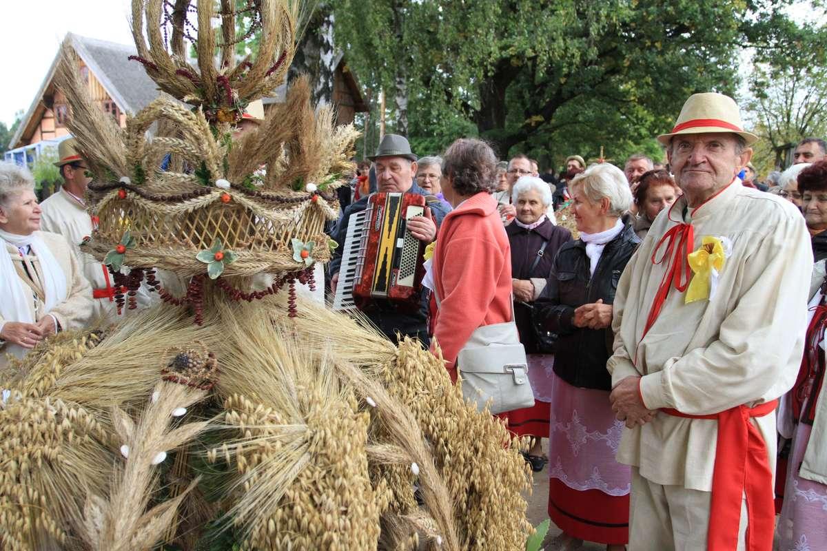 W niedzielę, 17 września o godz. 11.30 rozpoczną się największe uroczystości dożynkowe w województwie warmińsko-mazurskim - full image