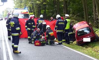 Wypadek na DK 15. Nie żyje kierowca fiata [aktualizacja]