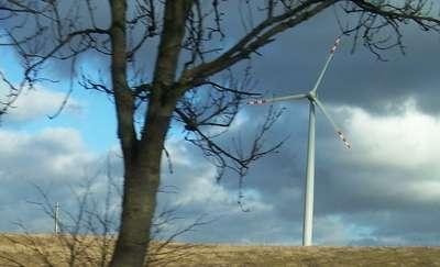 Odnawialne źródła energii. Prezydent podpisał kontrowersyjną ustawę