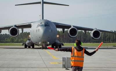 Wojskowy Boeing C-17 wylądował na lotnisku Olsztyn-Mazury