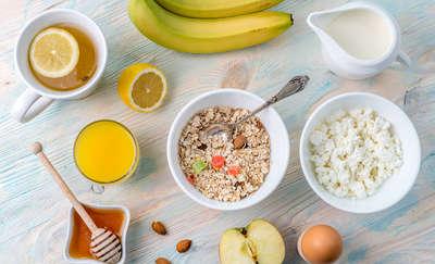 Śniadanie to podstawa! Jak je skomponować? Sprawdź!