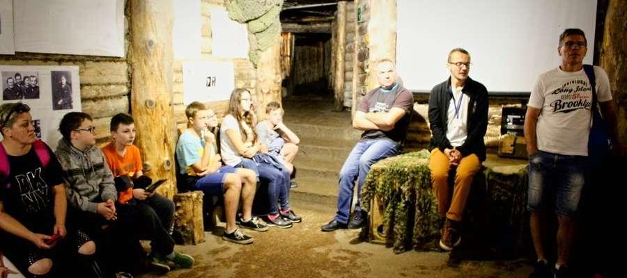 W replice bunkra w Szymbarku