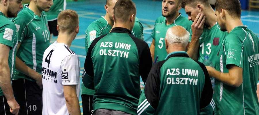 AZS UWM II  Olsztyn - Memoriał prof. Wiktora Wawrzyczka w siatkówce. Nz: Mecz AZS UWM II Olsztyn - Trefl Lębork.