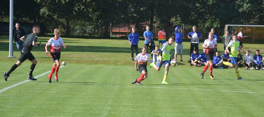 W sezonie 2017/2018 AP Ostróda do rozgrywek organizowanych przez WMZPN zgłosiła 16 drużyn