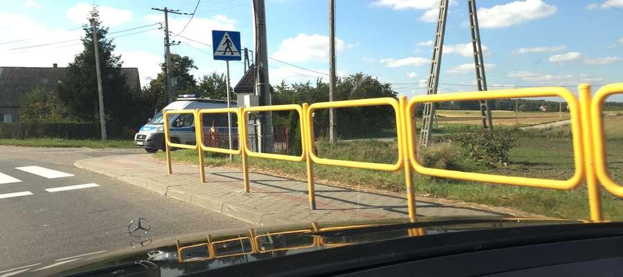 Nasz czytelnik wykonał to zdjęcie w Jędrychowie, w miejscu, gdzie wcześniej zatrzymano go za przekroczenie prędkości