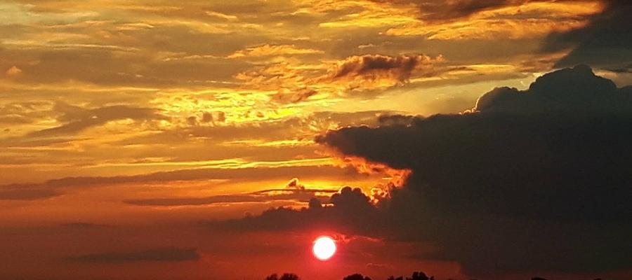 Zachód słońca nad Bartoszycami