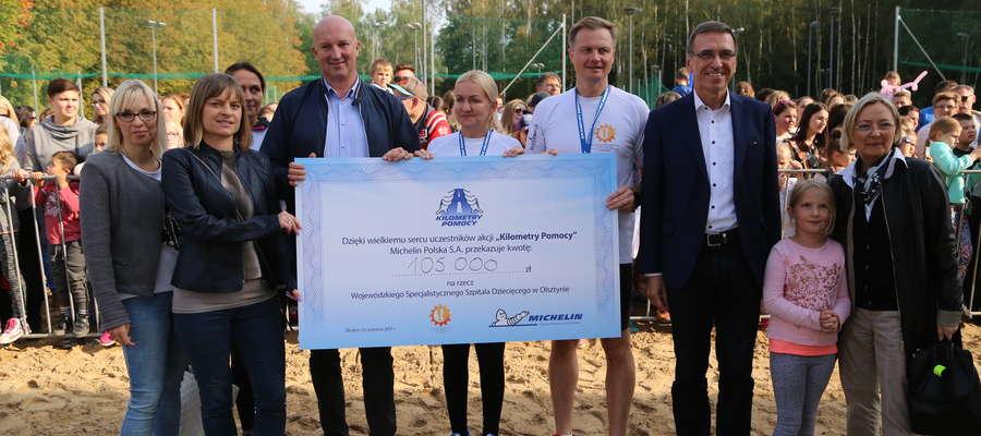 Aż 1000 zawodników stawiło się na plaży miejskiej w Olsztynie, by wybiegać, wyjeździć i wychodzić sprzęt medyczny dla szpitala dziecięcego w Olsztynie. Za każdy pokonany kilometr płaciła firma Michelin. Udało się zebrać aż 105 tys. zł