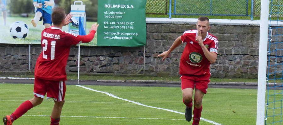 Piotr Kacperek (GKS Wikielec) golem na 3:0 uciszył iławską publiczność