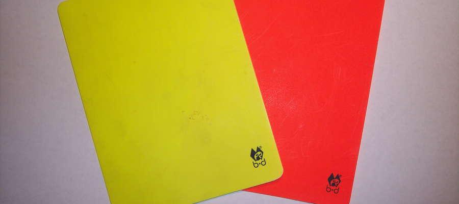 Żółta i czerwona kartki