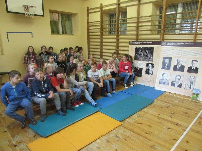 Podczas spotkania w szkole w Zajączkowie