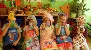 Smaczne soki owocowe i szaszłyki w przedszkolu