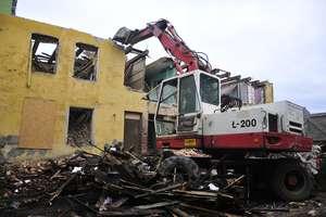 Wyburzają budynek przy ul. Kościuszki [zdjęcia]