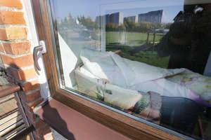 Policjanci skontaktowali się z matką dzieci pozostawionych w oknie życia w Olsztynie